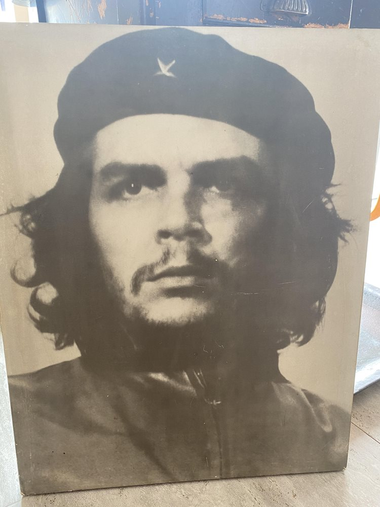 Old Che Guevara Poster