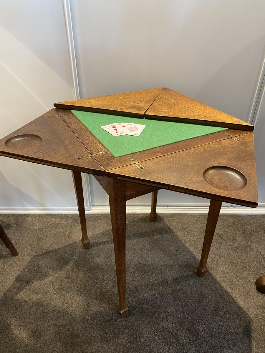 Arts & Crafts Oak Games Table
